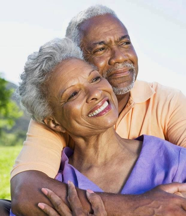 Beautiful Couple With Images Older Couple Poses Older Couple
