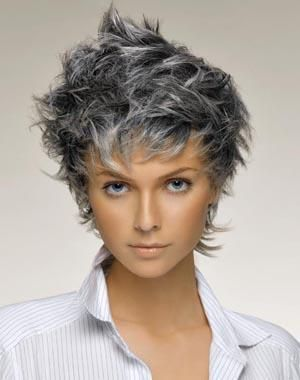 Coupe cheveux blancs Short choppy hair, Short hair with