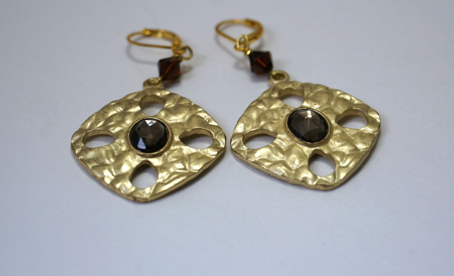 Brown Center Gold Disc Earrings 1510 by nenafashions on Etsy