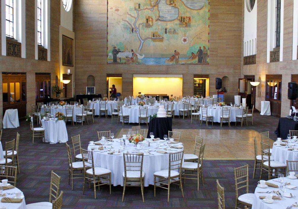 Loyola University Chicago Wedding Reception Budget Wedding Venue Chicago Wedding Venues Wedding Venues