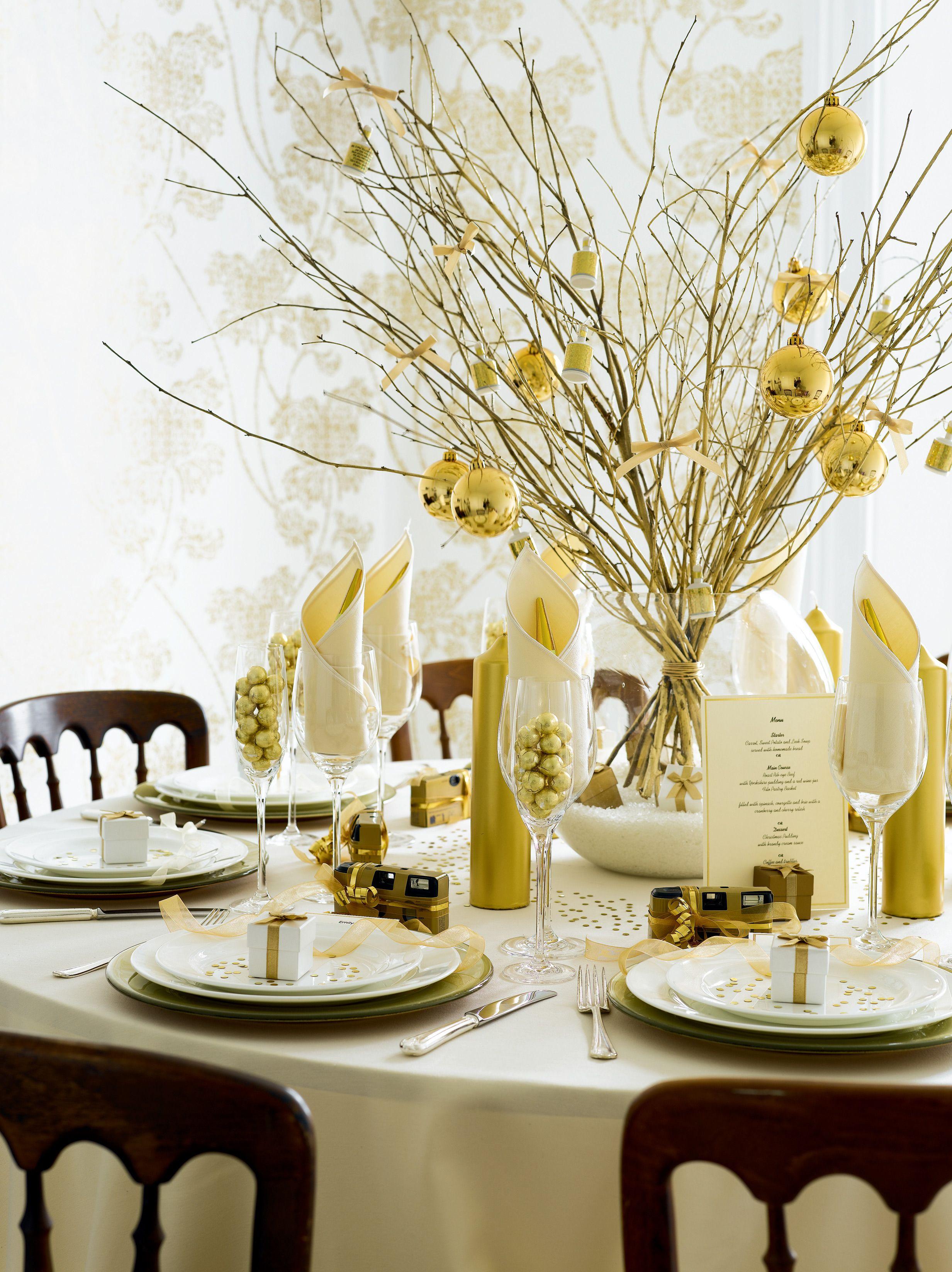 Polished Style Gold Wedding Theme  Flowers Table Setting