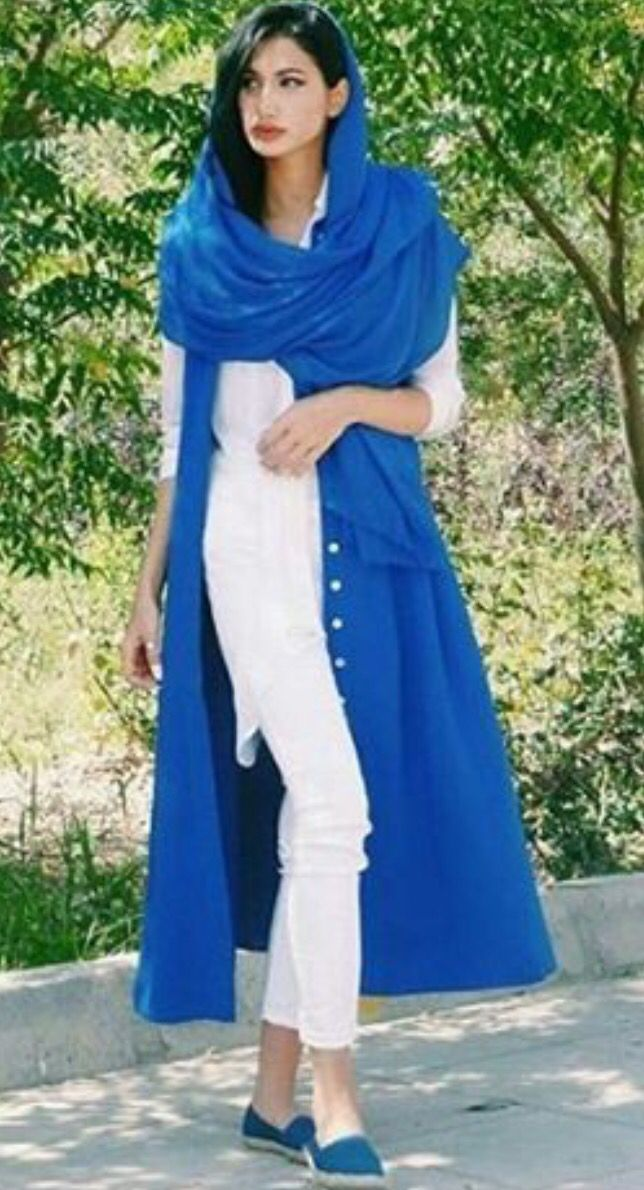 10+ Photos Of Irans Street Fashion That Will Destroy Your