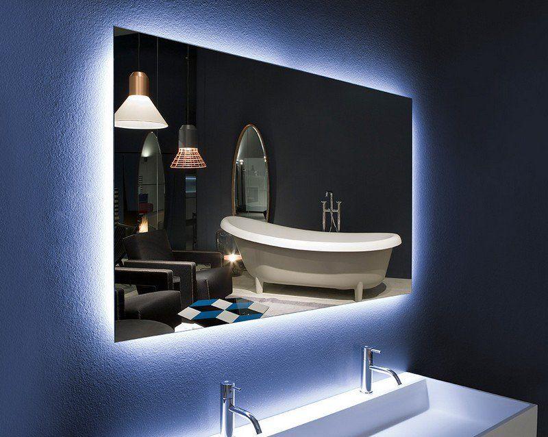 spiegel mit led beleuchtung und badarmaturen aus edelstahl. Black Bedroom Furniture Sets. Home Design Ideas