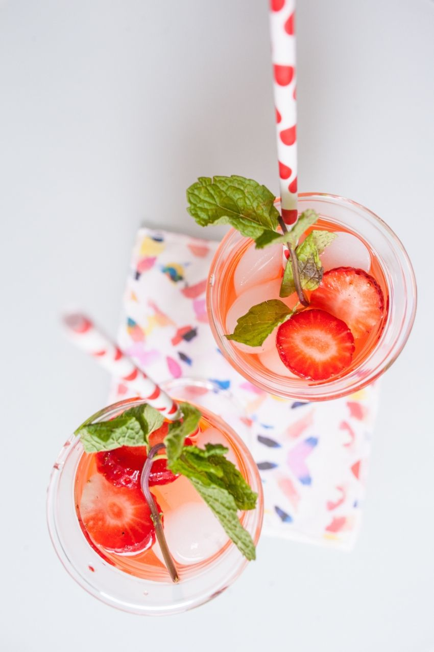 Strawberry Gin Mojitos: The perfect Valentine's Day Cocktail - Fashionable Hostess   Fashionable Hostess