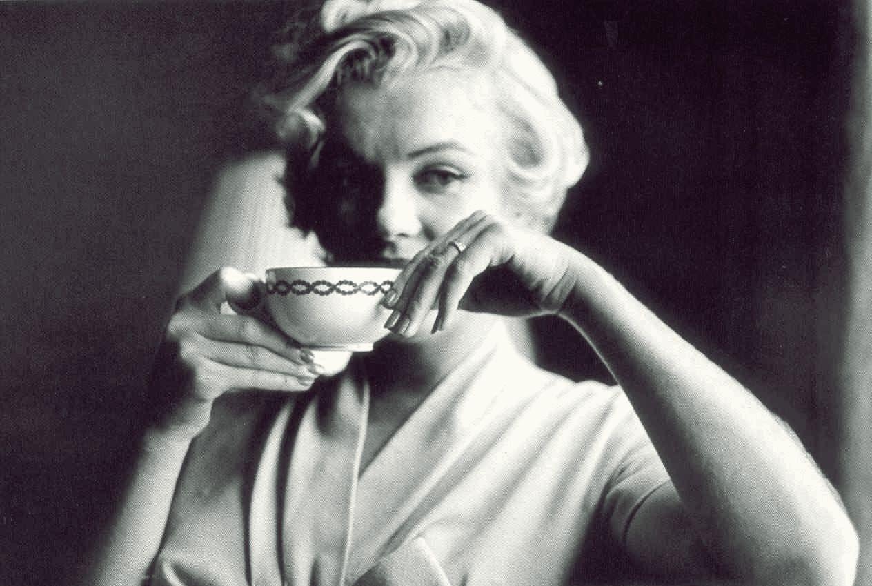 It S Ok Your Coffee Mrs Monroe Marilyn Monroe Photos Marilyn Monroe Marilyn