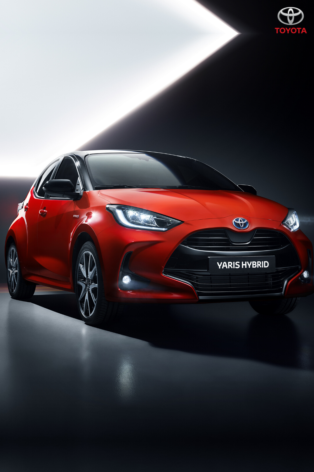 The new Toyota Yaris: designed for everyday urban life, being easy to park and agile in the city yet comfortable on longer journeys. Click to find out more. #Toyota #ToyotaYaris #SmallCar #CompactCar #CityLiving #HybridCar