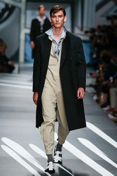 190617-prada-primavera-verao-2018-41   Fashion Man   Pinterest b2bfc49005