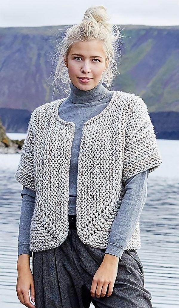 Free Knitting Pattern für Easy Jutka Cardigan - Kurzärmelige Strumpfstichkarte #freeknittingpatterns