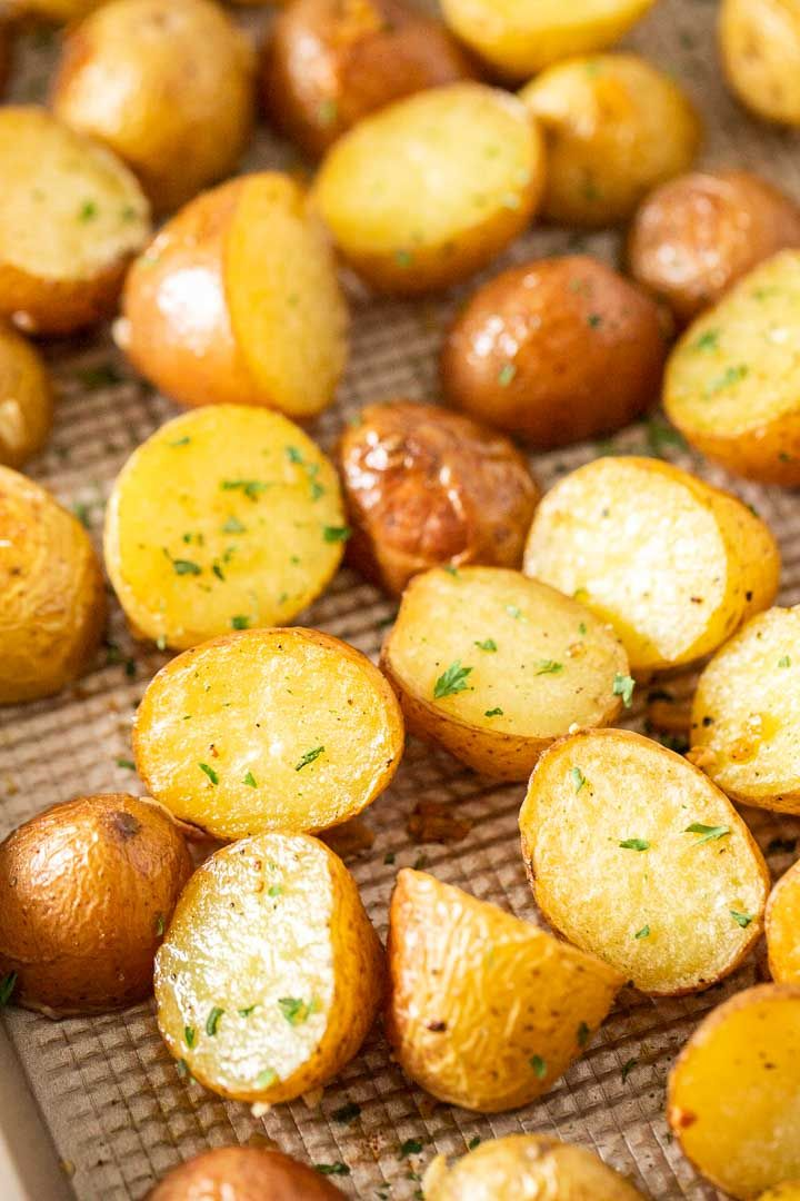 Easy Oven Roasted Potatoes Recipe {Golden & crispy