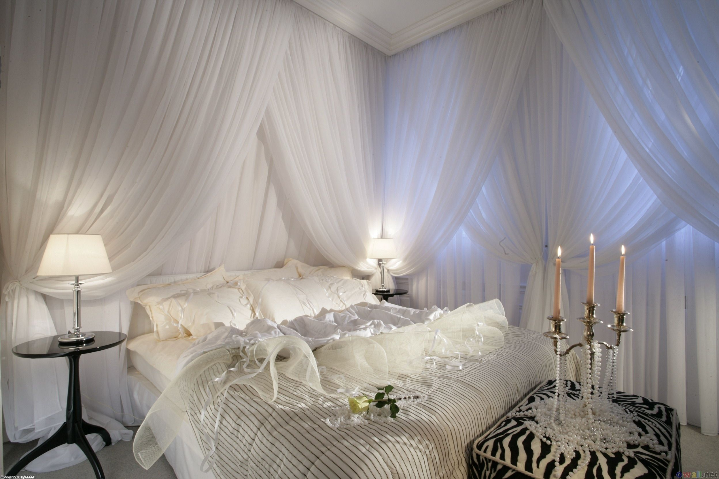 Classy White Canopy Bed Curtains With Great White Cover ...