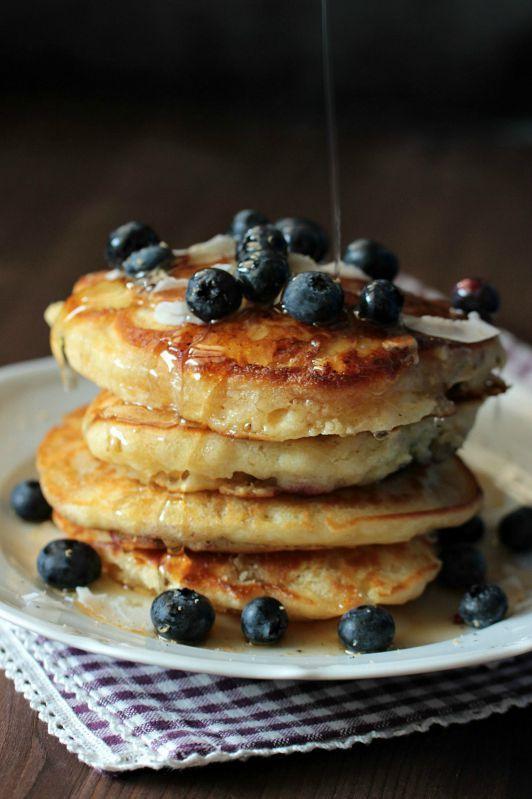Buttermilch-Blaubeer Pancakes - Sasibella