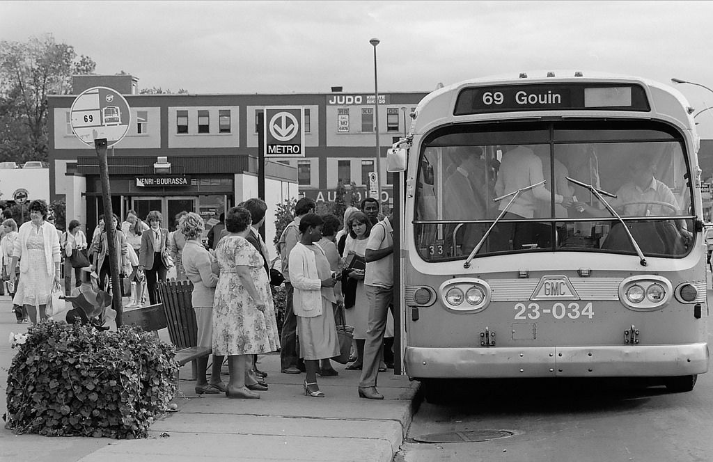Annee 1982 Henri Remillard Old Montreal Vieux Montreal Montreal