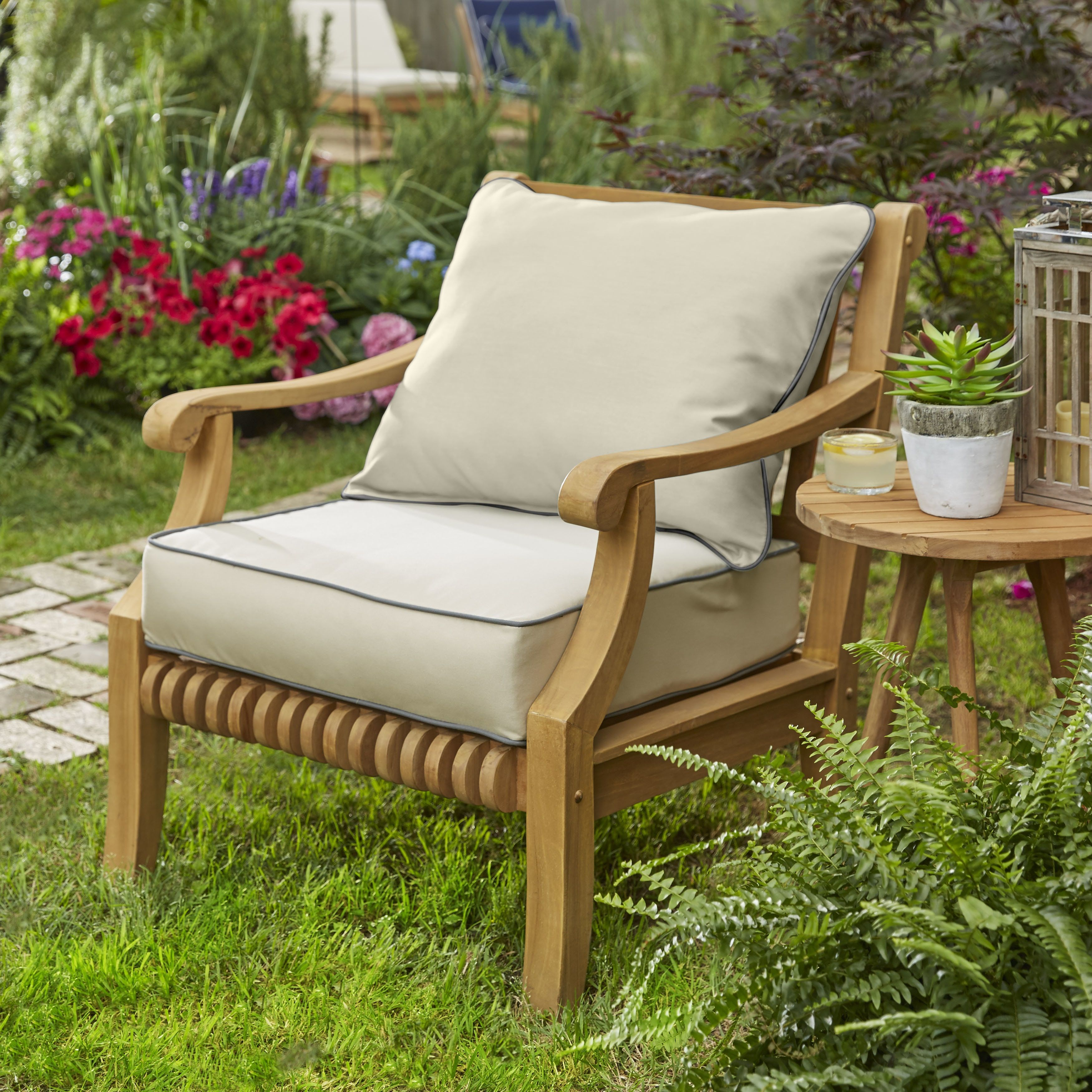 kokomo teak lounge chair pillow and cushion set with sunbrella