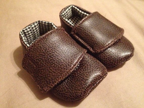 Faux Leather Baby Shoes  size small 03months by tinytoesies, $15.00