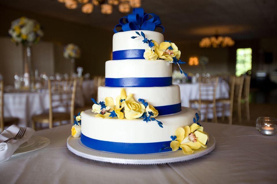 blue and yellow wedding cakes blue and yellow wedding cake wedding 11970