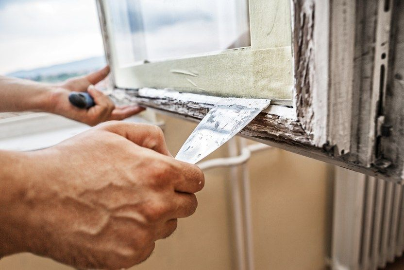 At M B C Double Glazing Repairs We Have A Team Of Experts Who Provides Professional Window Repair Services In N Window Repair Window Glass Repair Glass Repair