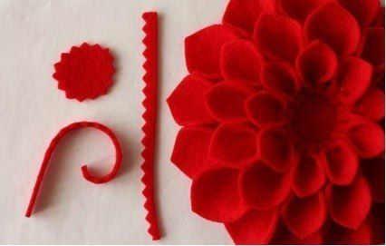 Брошь-цветок из фетра | Julia