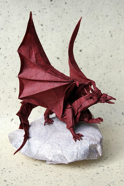 Ancient dragon (kamiya satoshi) origami folding fast motion.