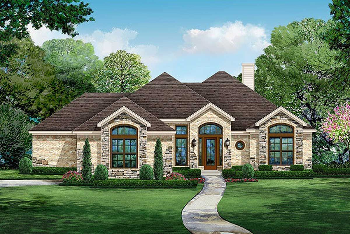 Plan 36547tx 4 Bed European Ranch Home Plan With Courtyard Entry Ranch House Plans Dream House Plans Courtyard Entry