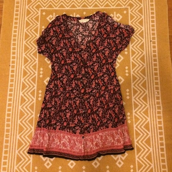 Urban Outfitters Floral Button Dress Urban Outfitters Floral Button Dress. Sleeves have slits at the shoulder. Looks adorable with tights and boots! Urban Outfitters Dresses