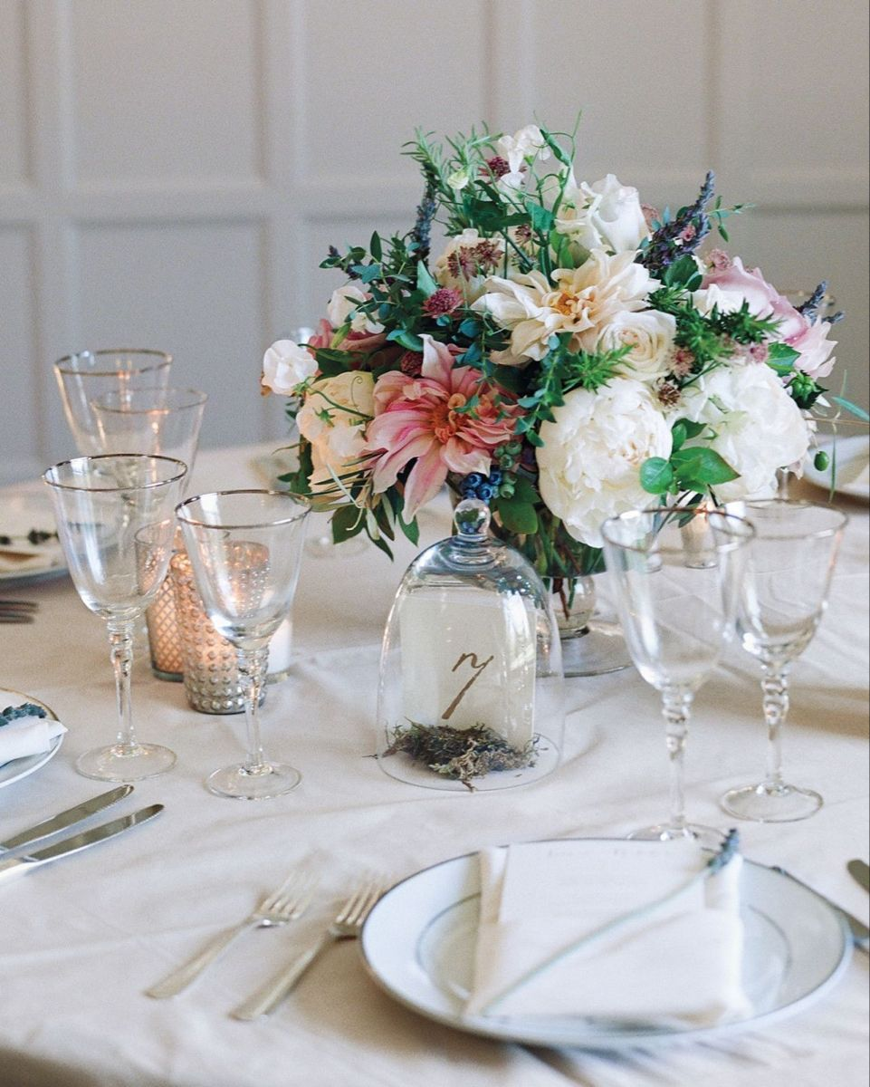 20 Best And Incredible Wedding Table Centerpieces Ideas For Your Big Day 20 Best And Incredible Wed