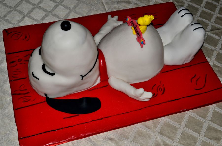 Snoopy Cake SNOOPY PARTIES Pinterest Snoopy cake Candy