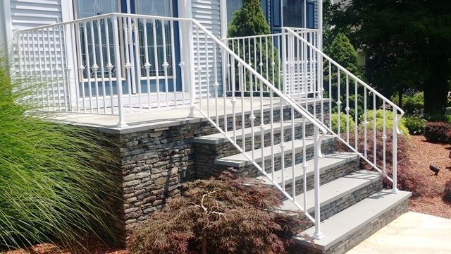 White Wrought Iron Railing With Decorative Picket Design Wrought Iron Porch Railings Front Porch Steps Front Porch Railings