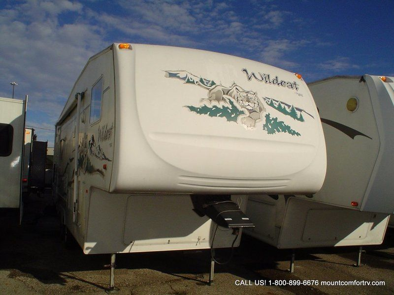 2005 Forest River 28RL Stock 9021C Forest river