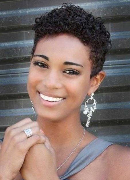 Curly Hairstyles For Black Women With Short Hairstyles For Rou Short Hair Styles For Round Faces Curly Hair Styles Naturally Short Hair Styles African American