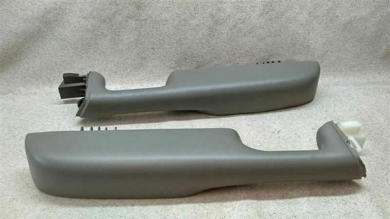 Pair L R Door Pull Arm Rest Gray Fits 99 07 Sierra Silverado Suburban Tahoe Chevrolettruck In 2020 Chevrolet Trucks Arm Rest Cool Cars
