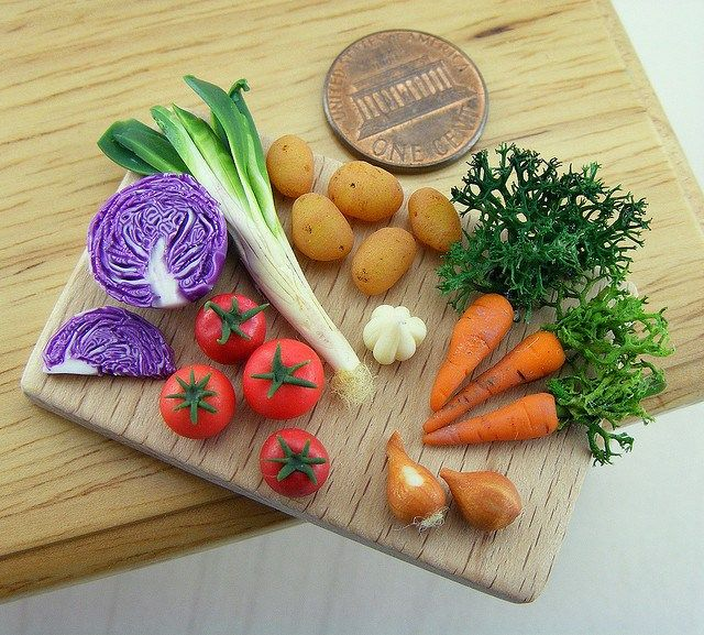 Realistic Sculpted Food Miniatures