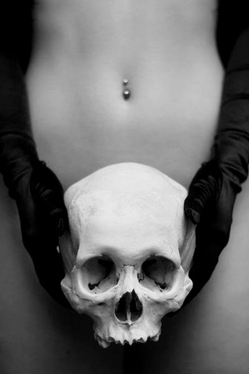What better way to cover your lady bits than with a skull! Really liking the contrast of the black gloves on the white skull.