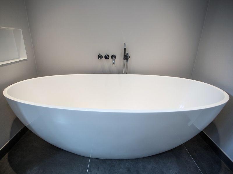 VOLA kranen / badkamershowroom De Eerste Kamer - Badkamer, Kranen en ...