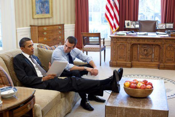 El presidente no tiene quien le escriba / Yolanda Monge @elpais_internacional | Jon Favreau, redactor de los discursos de Obama, deja la Casa Blanca por Hollywood | #politiquerio