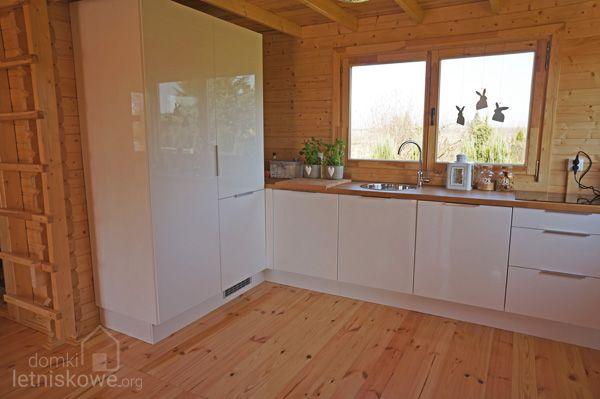 Aneks kuchenny w drewnianym domku letniskowym Sara   -> Kuchnia Sara Sonoma