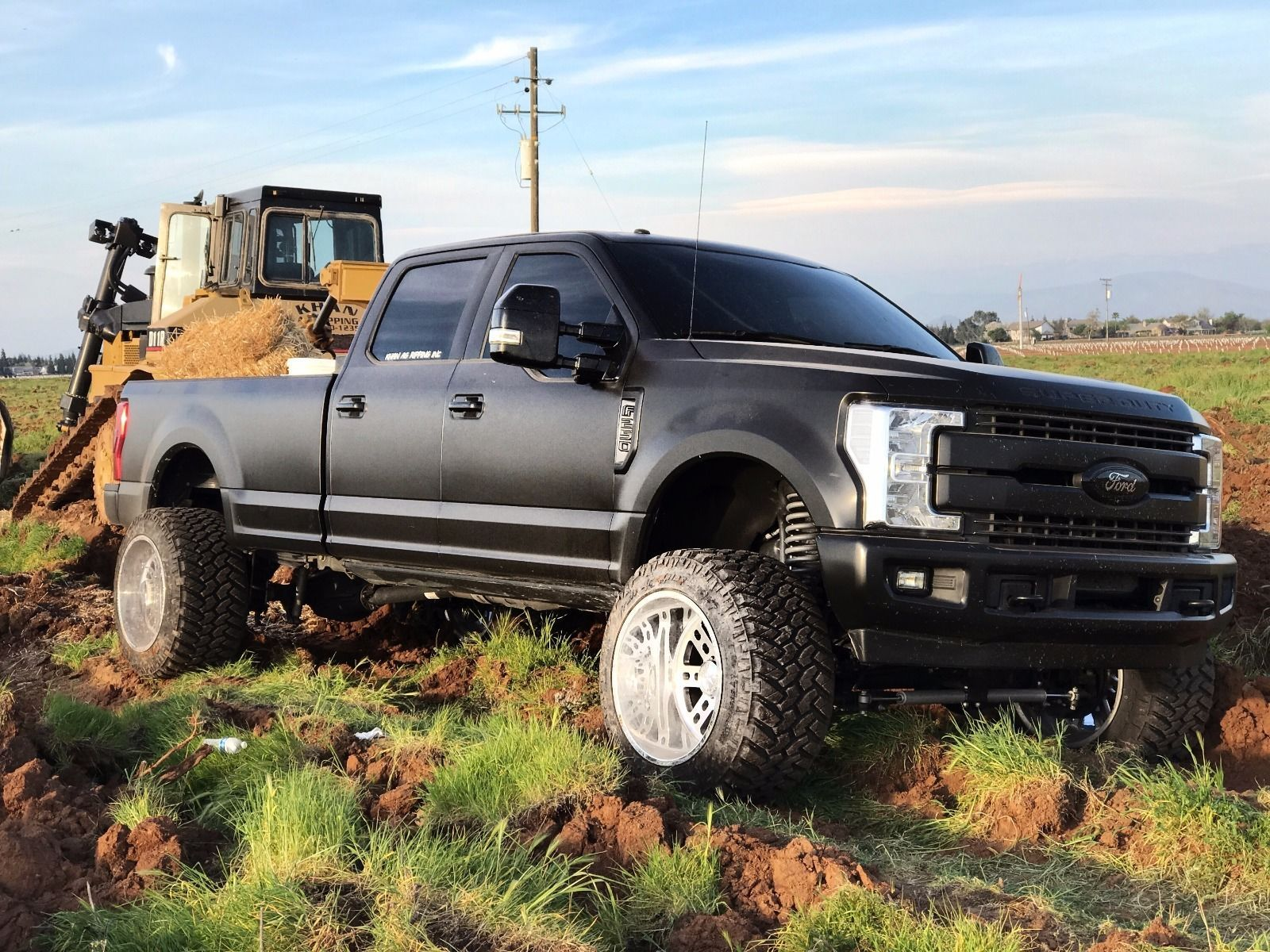 Customized 2017 Ford F 250 Lariat Super Duty Monster Truck Auto