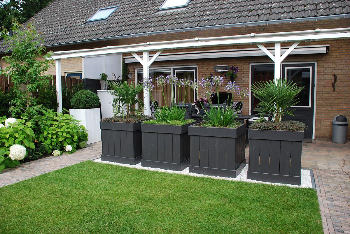 Tuinvoorbeelden kleine achtertuin idee n voor de tuin for Kleine achtertuin inrichten