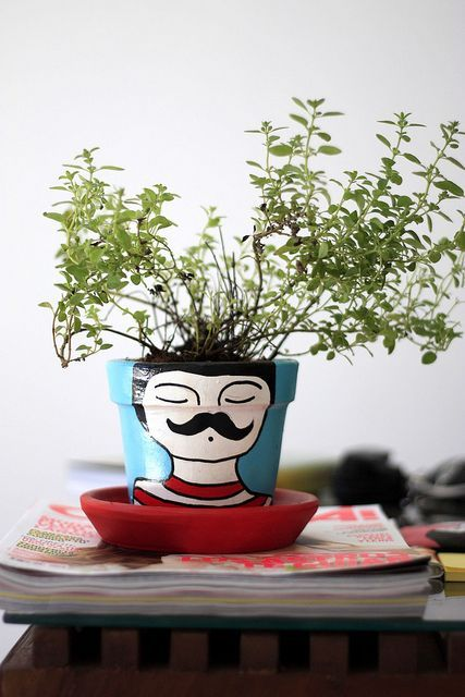 decorare un vaso volto