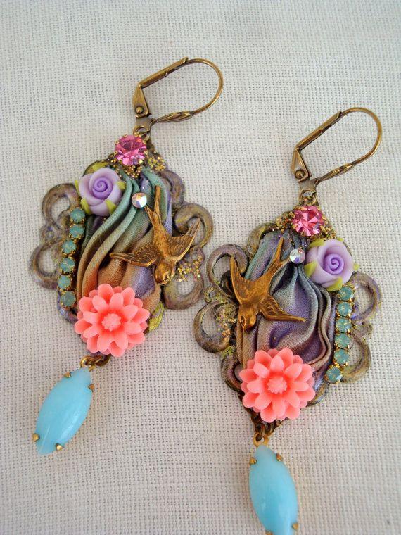 Boucles d'oreilles les hirondelles ruban shibori by rosebijoux