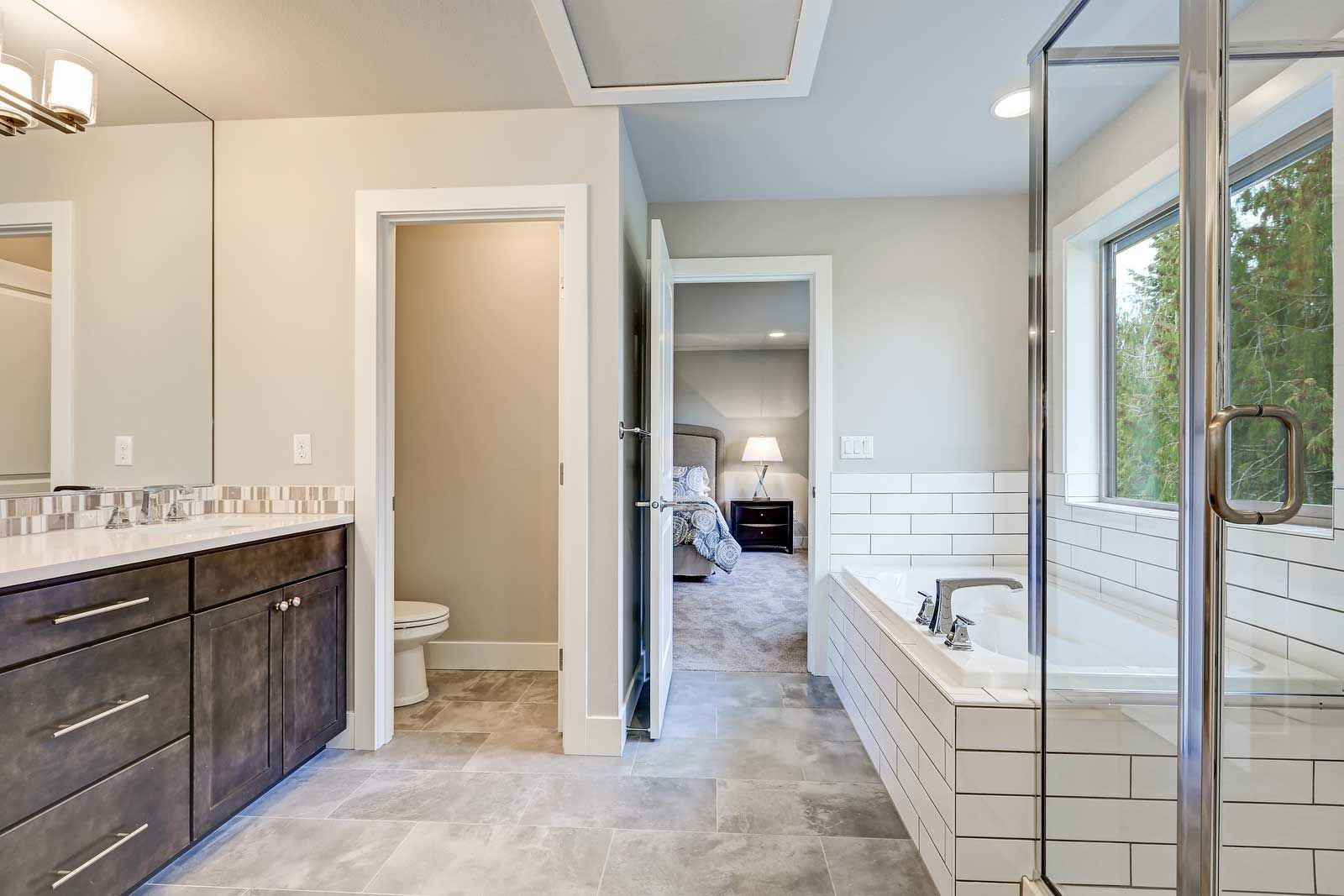 Ready For A New Look In Your Bathroom Entrust Your Bathroom Remodel In Kansas City To Our Full Bathroom Remodel Bathroom Remodel Cost Bathroom Renovation Cost [ 1067 x 1600 Pixel ]