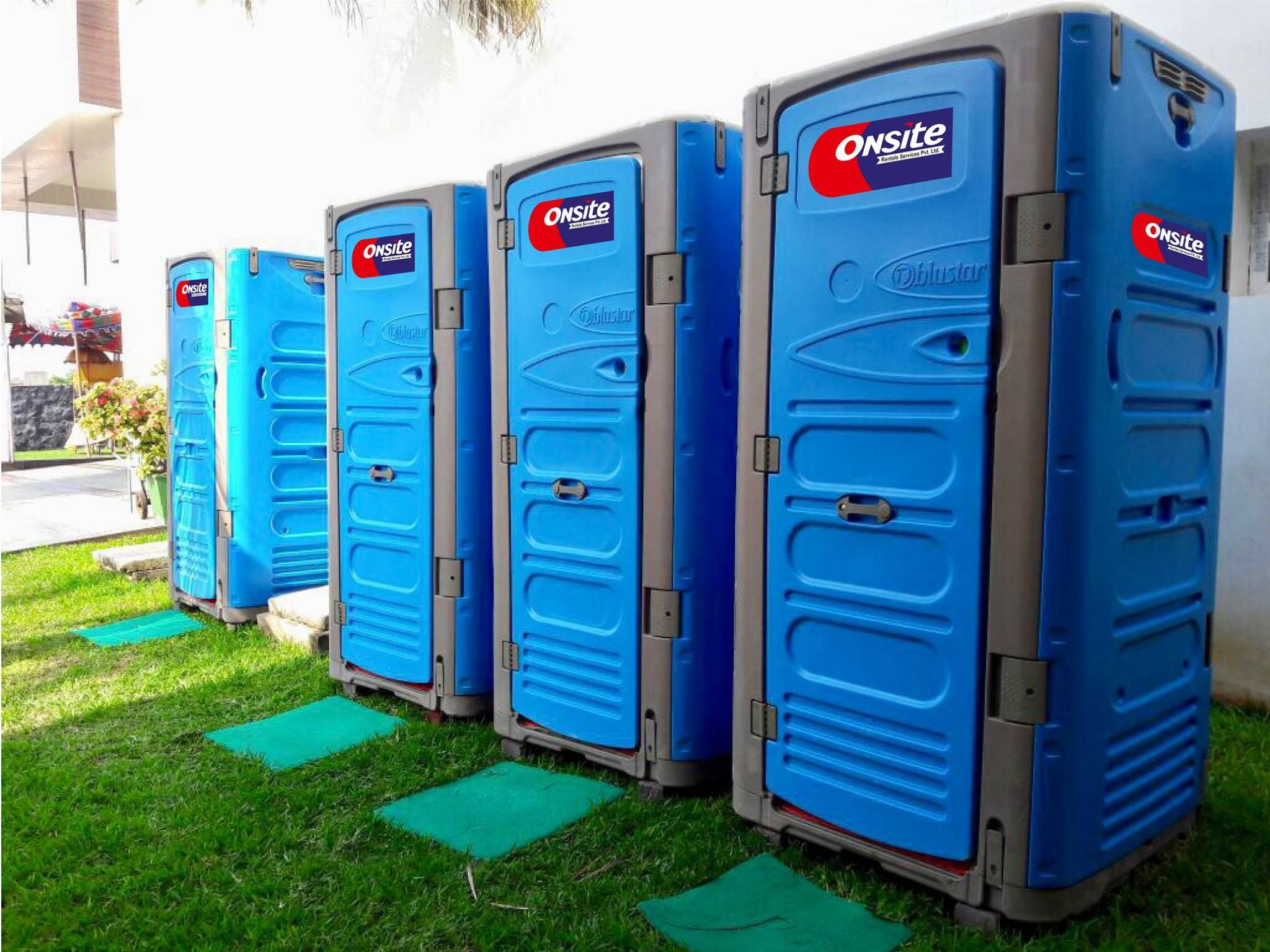 Portable sanitation, Mobile toilets, bathroom, outdoor events ...