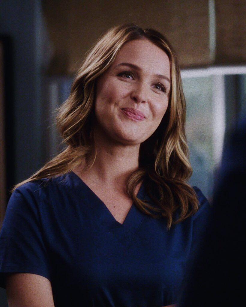 15 Temporada De Grey's Anatomy Assistir jô wilson ♡  ideias de cabelo, greys anatomy, atrizes