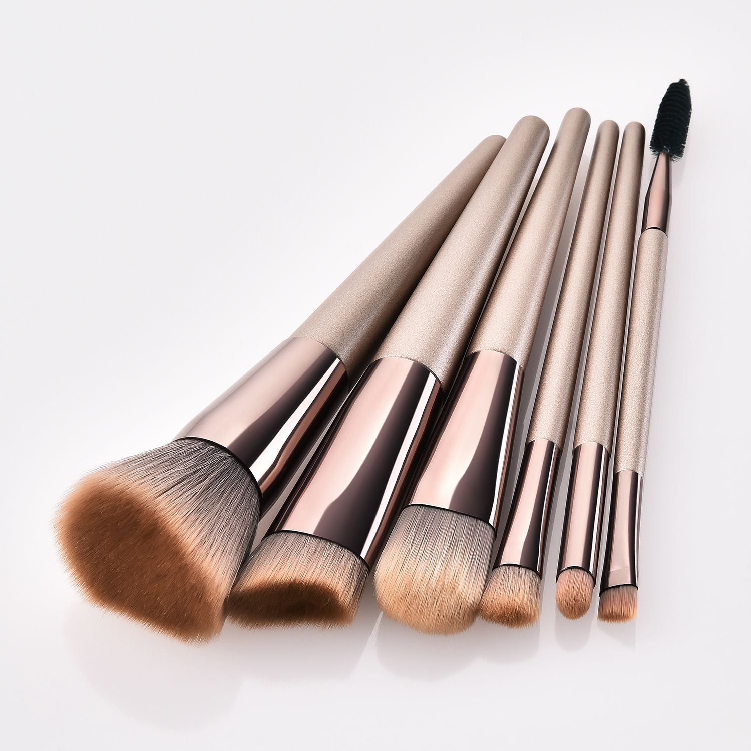 Travel makeup brushes set available wholesale inquiry
