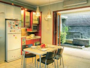 Model Dapur Yang Menyatu Dengan Ruang Makan