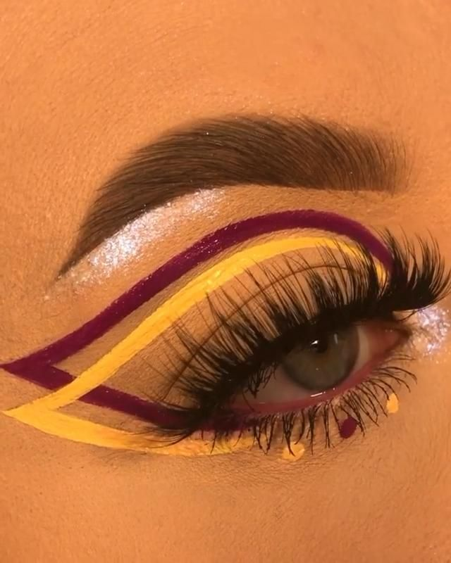 Photo of Amazing graphic liner – link attached