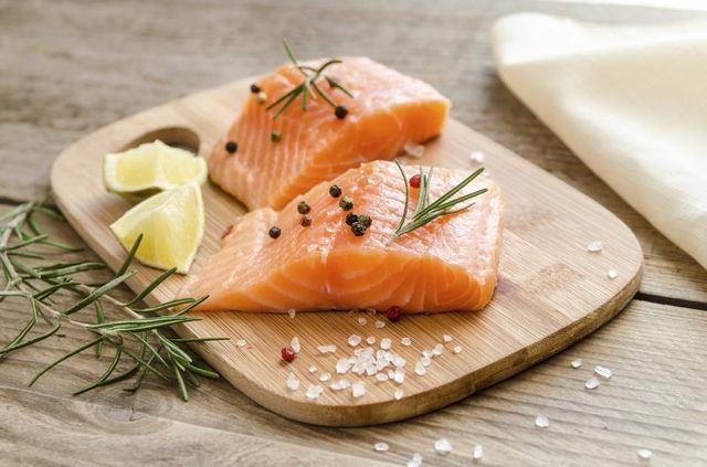 Nutrition Facts Of Raw Salmon Without Skin Livestrong Com High Protein Diet Plan Protein Diet Plan Cholesterol Lowering Foods