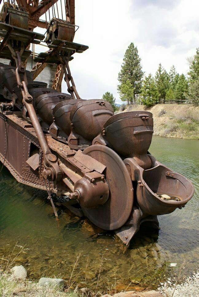 Rollerman1 Gold Mining Equipment Old Farm Equipment Abandoned