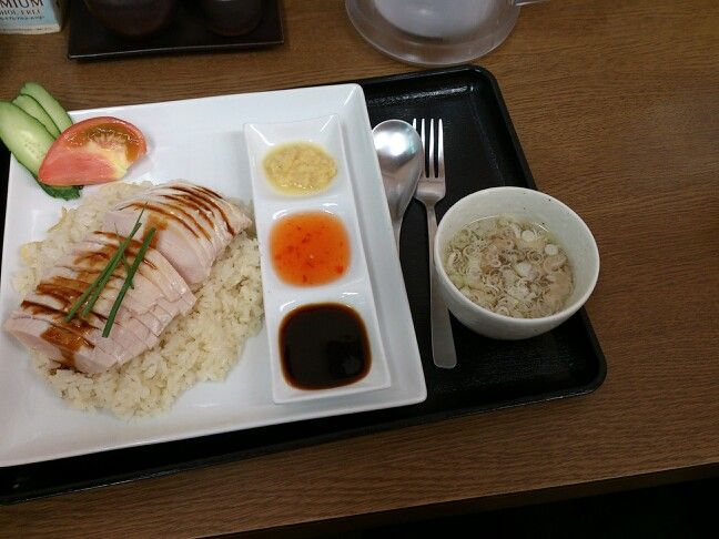 TSUKIJI FOODs 鳥藤場内店→シンガポールチキンライス♪
