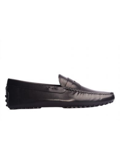 TOD'S Tod's Mocassino Modello Gommino In Pelle Nero. #tods #shoes #tods-gommino-driving-shoes-brushed-black-leather