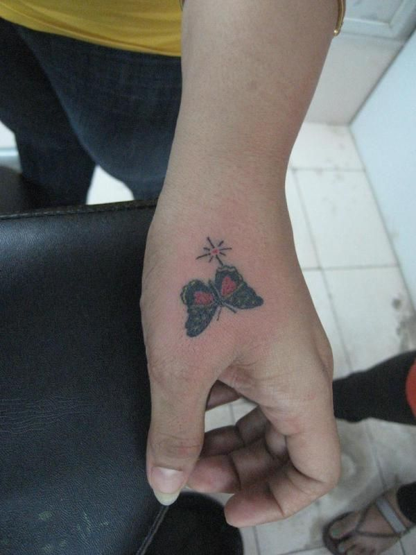 Hand Tattoos 40 Awesome Collections Butterfly Hand Tattoo Hand Tattoos For Women Hand Tattoos